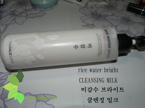 Sua Tay Trang Rice Water Bright Cleansing Milk The Face Shop revew (3)