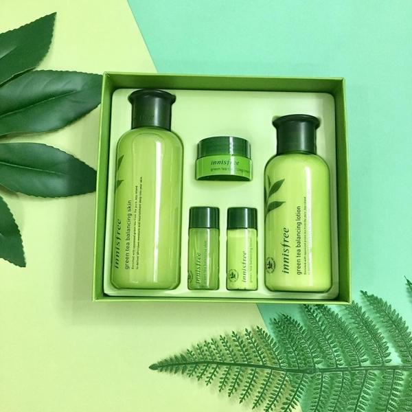Bo duong tra xanh Innisfree Green Tea Balancing Special Skin Care Set 5in1- Han quoc (1)