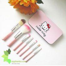Bo co trang diem mini Hello Kitty 7 cay (8)