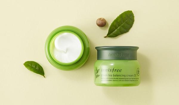 Kem duong da Tra xanh Green Tea Balancing Cream Innisfree (4)