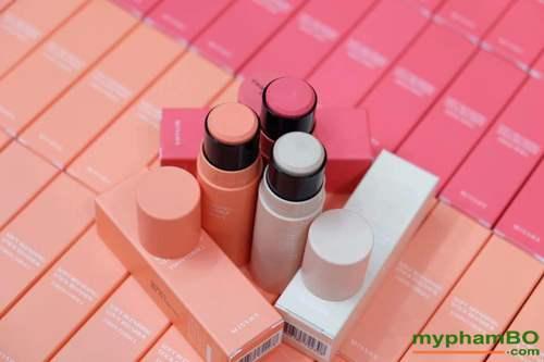 Phan ma hong (thoi) Missha Soft Blending Stick Blusher (6)