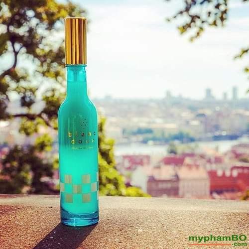 Tinh Chat Duong Da Serum Blanc Doux Pinot Noir Spray (4)