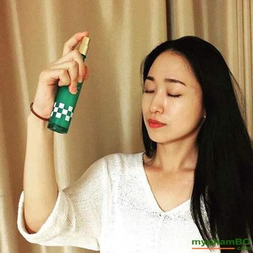 Tinh Chat Duong Da Serum Blanc Doux Pinot Noir Spray (7)