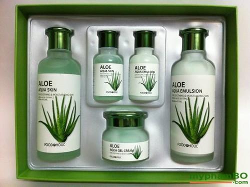 Bo my pham duong da lo hoi Foodaholic - Aloe Aqua Skin Care (3)