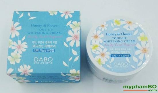 kem-dung-trng-da-dabo-honey-flower-tone-2
