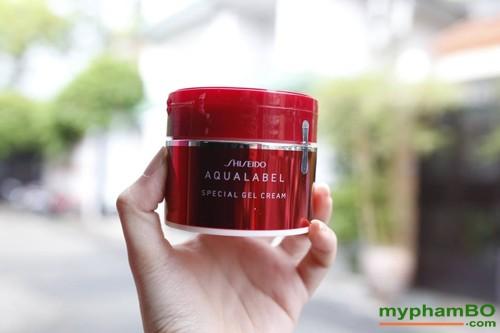 kem-duong-da-shiseido-aqualabel-5-in-1-3