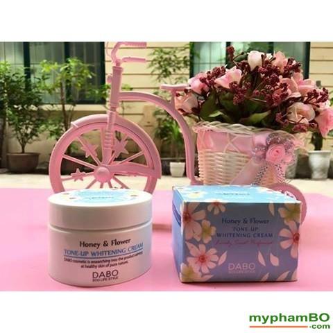 kem-duong-trang-da-dabo-honey-flower-tone-up-whitening-2