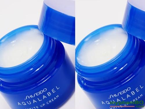 kem-duong-trang-da-shiseido-aqualabel-white-up-cream-mau-xanh-7