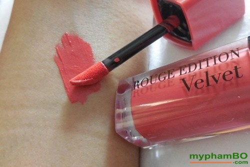 son-li-velvet-04-bourjois-rouge-edition-peach-club-3