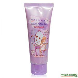 tuc-nuc-hoa-etude-house-silky-perfumed-treatment-3