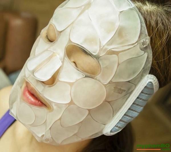 Mat na da lanh DKCC Ice Cooling Mask se khit lo chan long (2)