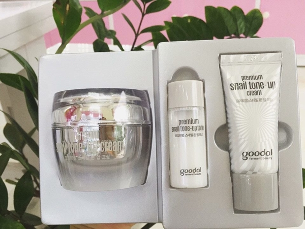 Set Oc Sen Goodal Premium Snail Tone Up Cream Special Set - Han quoc (1)