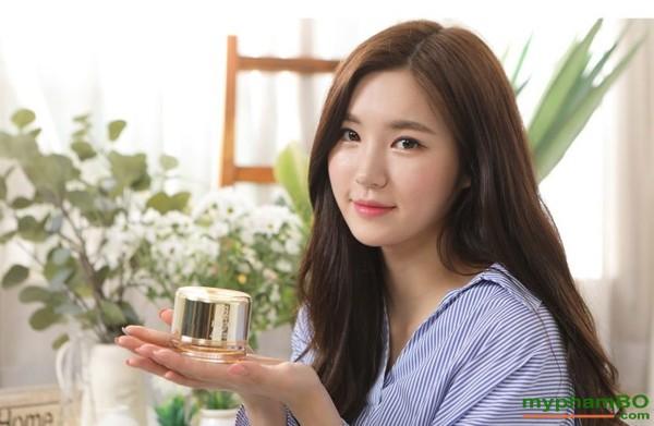 Kem duong kich trang len tone da Beicos Peptide Honey Tone Up Cream (3)