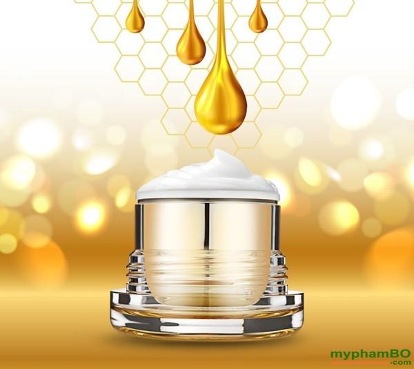 Kem duong kich trang len tone da Beicos Peptide Honey Tone Up Cream (4)