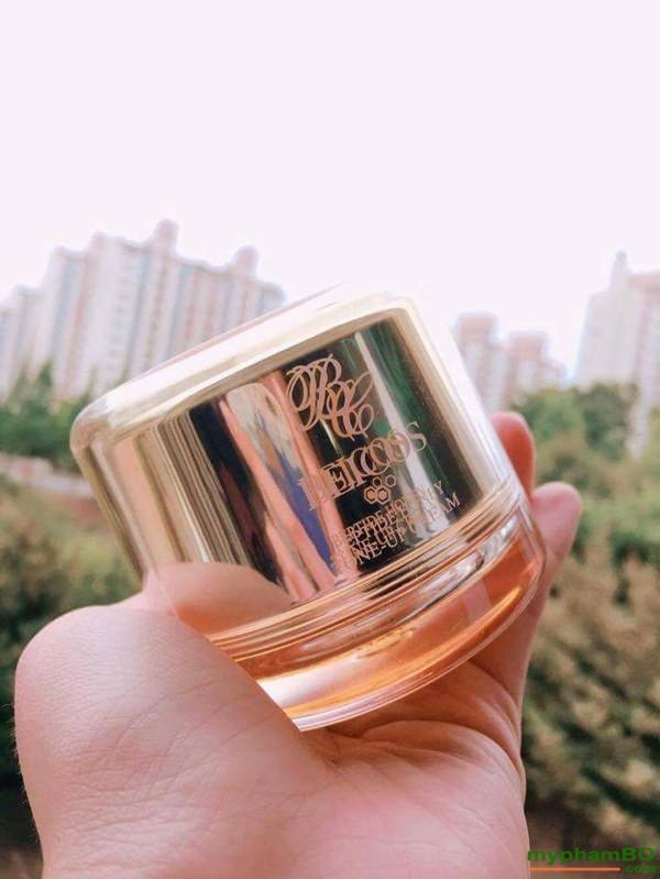 Kem duong kich trang len tone da Beicos Peptide Honey Tone Up Cream (5)