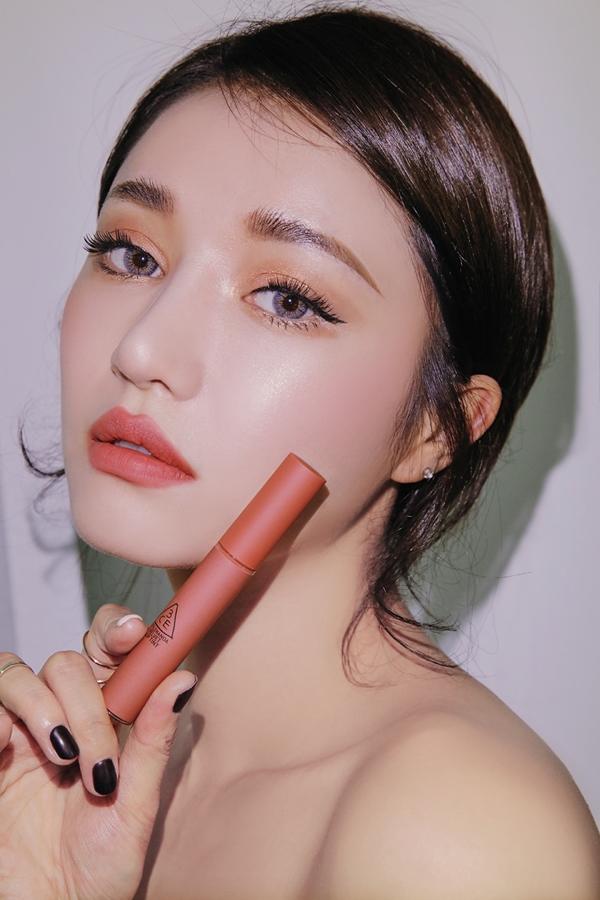Son kem li 3CE Velvet Lip Tint - Han Quoc (10)