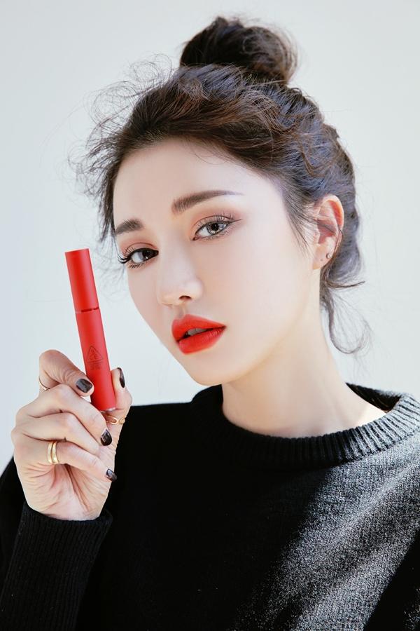 Son kem li 3CE Velvet Lip Tint - Han Quoc (8)