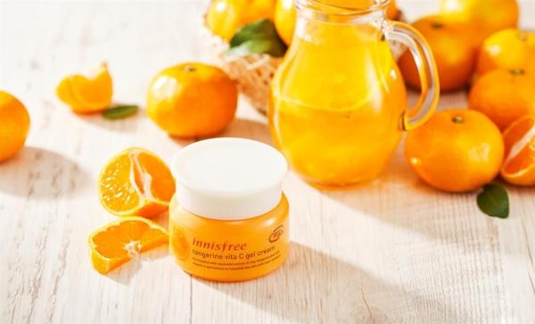 Kem Duong Da Innisfree Tangerine Vita C Gel Cream (8)
