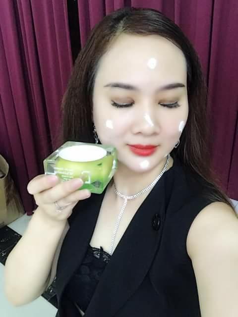 Kem tai sinh ban ngay Reborn Whitening Day Cream (2)