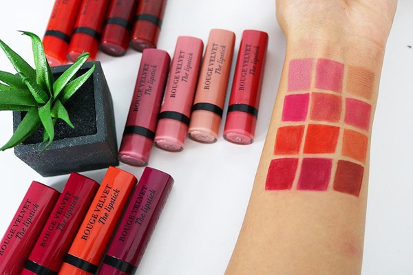 Son Thoi Bourjois Rouge Velvet Lipstick - Phap (3)