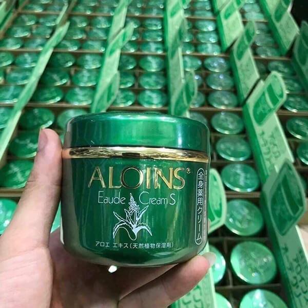 quy cách Kem Dưỡng Da Aloins Eaude Cream S 185g Của Nhật, Nắp xanh