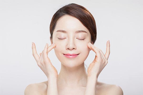 Bộ mỹ phẩm Osufi Collagen Line cao cấp dưỡng trắng trị nám, tàn nhang